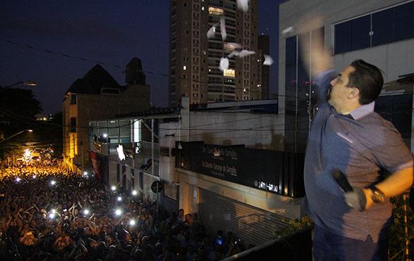 Imagem de Guarulhos: Condutores rasgam proposta patronal e aprovam estado de greve
