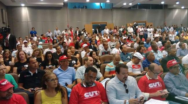 Imagem de Bahia: Rodoviários e Aeroviários debatem combate à terceirização na Assembleia Legislativa