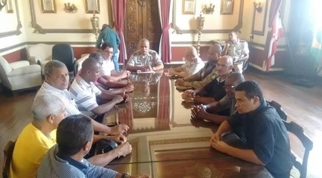 Imagem de Bahia: Em reunião com os rodoviários, PM garante segurança reforçada à categoria no Carnaval