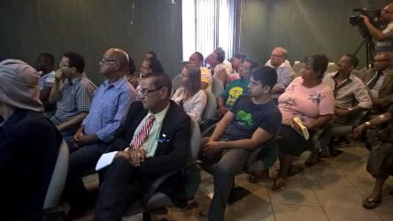 Imagem de Bahia: Ferroviários participam de audiência pública para discutir situação dos trens suburbanos