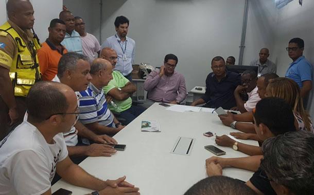 Imagem de Bahia: Por um local de descanso digno, rodoviários realizam protesto na Estação Pirajá