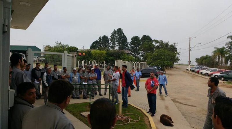 Imagem de Jacareí (SP): Trabalhadores na coletora de lixo Ambiental aprovam estado de greve