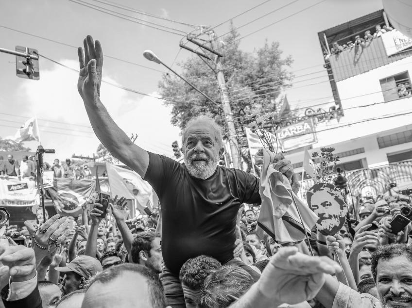 Imagem de Líderes europeus declaram apoio a Lula e cobram sua participação nas eleições