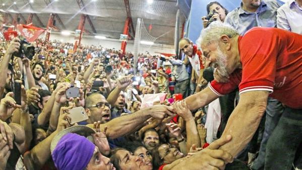 """Imagem de Vagner Freitas: """"Crime de Lula foi se negar a governar para poucos"""""""