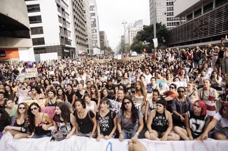 Imagem de São Paulo: Feministas protestam contra aumento de mortes de mulheres no Brasil