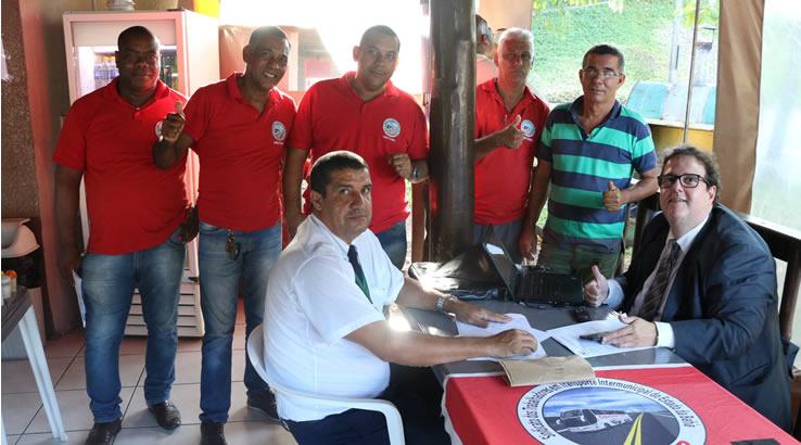 Imagem de Bahia: Rodoviários no transporte intermunicipal têm atendimento jurídico nas garagens