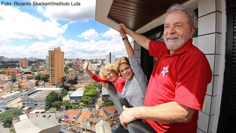 Imagem de Lula recebe Dilma e reafirma: