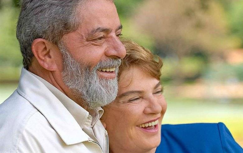 """Imagem de Lula: """"Aprendi muito com minha querida companheira Marisa"""""""