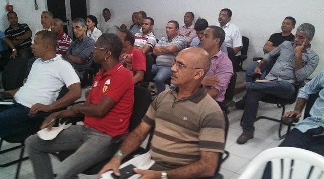 Imagem de Bahia: Rodoviários se reúnem com Policia Civil para discutir problemas de falta de segurança