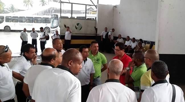 Imagem de Salvador: Rodoviários cruzam os braços e pedem o fim do PL 4330