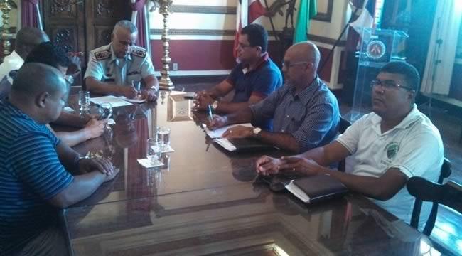 Imagem de Bahia: Na luta por mais segurança, rodoviários se reúnem com comandante geral da PM