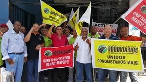 Imagem de Bahia: Rodoviários protestam contra lentidão na implantação da PLR