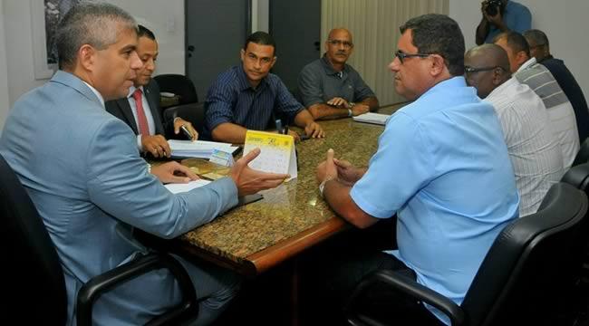 Imagem de Bahia: Rodoviários debatem segurança da categoria com autoridades
