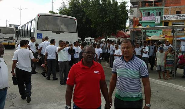 Imagem de Bahia: Rodoviários fazem protesto cobrando mais segurança