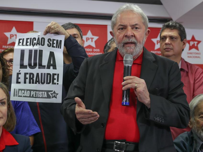 """Imagem de Lula: """"Só quem tem direito de decretar meu fim é o povo brasileiro"""""""