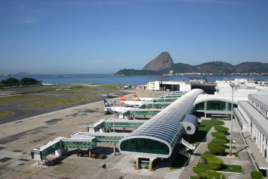 Imagem de RJ: Infraero cobra estacionamento de aeroportuários no Aeroporto Santos Dumont