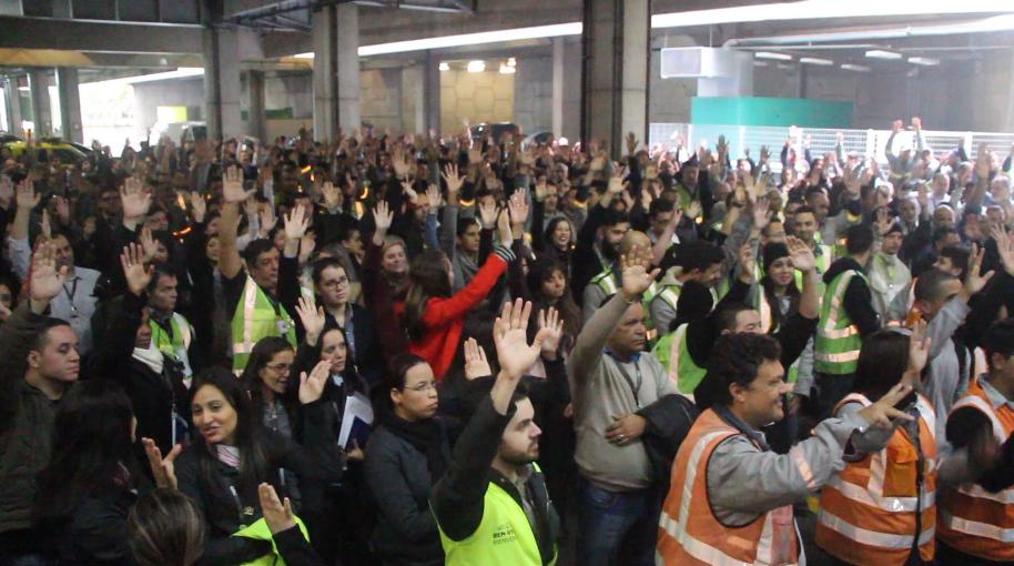 Imagem de Aeroportuários das concessionárias conquistam  8,17% de reajuste salarial