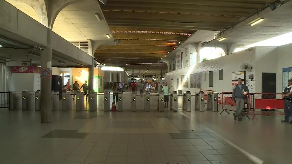 Imagem de #GreveGeral Metroviários da CBTU operam reduzidamente em Pernambuco