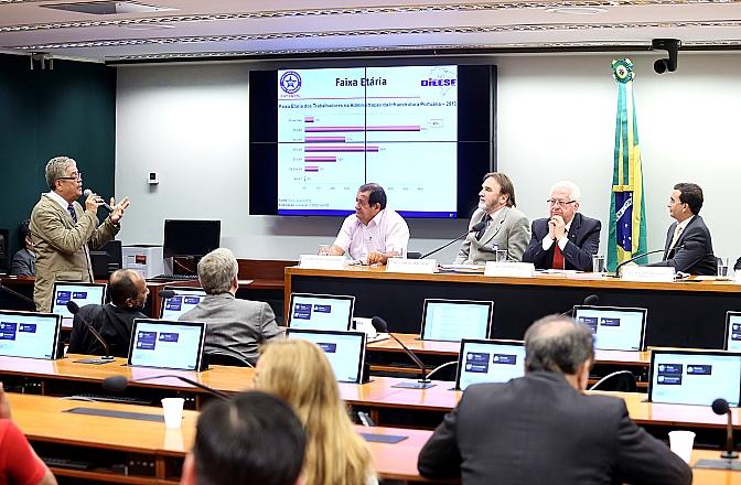 Imagem de CNTTL/CUT participa de audiência pública para discutir interesses dos portuários