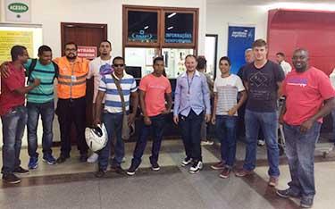 Imagem de Porto Seguro: Luta do Sindicato Nacional dos Aeroviários garante reintegração de oito auxiliares de rampa na RM/Dnata