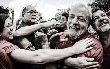 """Imagem de Manifesto """"Eleição sem Lula é Fraude"""" supera 150 mil assinaturas"""