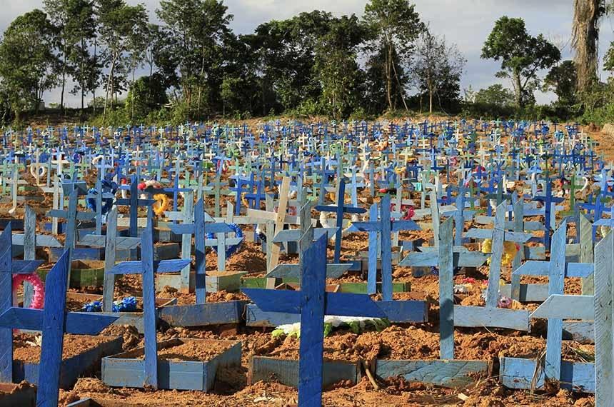 Imagem de Nota de pesar da CUT pelos 200 mil brasileiros e brasileiras mortos pela Covid-19