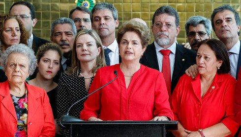 """Imagem de Gleisi Hoffmann: """"Um Ano sem Dilma, sem direitos, sem soberania"""""""