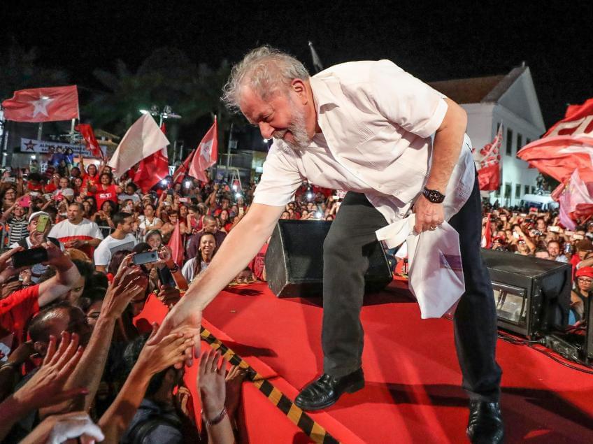 Imagem de Lula pelo Brasil: