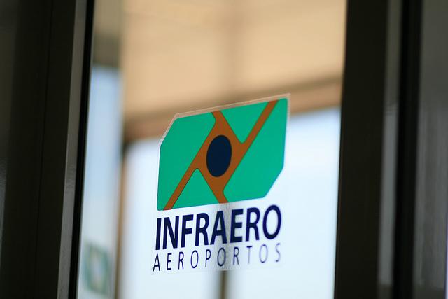Imagem de Infraero corta adicional de periculosidade dos aeroportuários na segurança