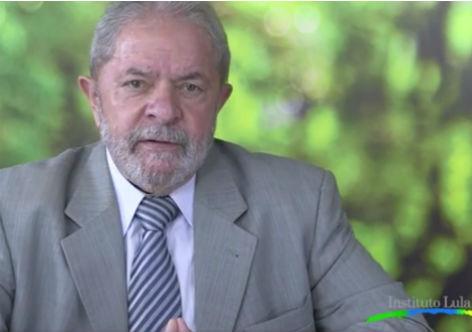 """Imagem de Lula: """"Globo tira Dilma do ar como se ela tivesse desistido da luta"""""""