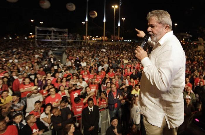 Imagem de No Facebook, Lula relembra avanços de seu governo no combate à desigualdade