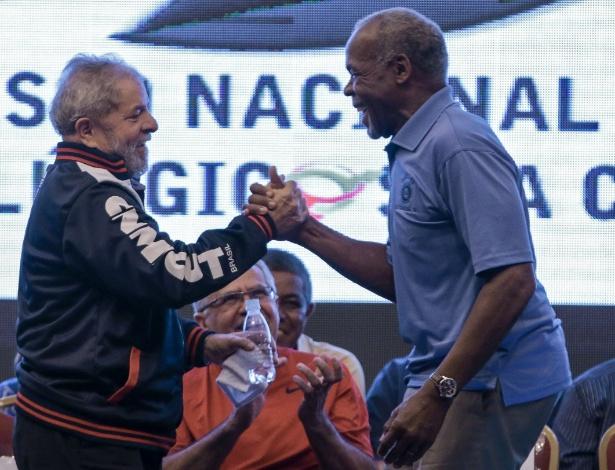 Imagem de Em vídeo, ator norte-americano Danny Glover manifesta apoio a Lula