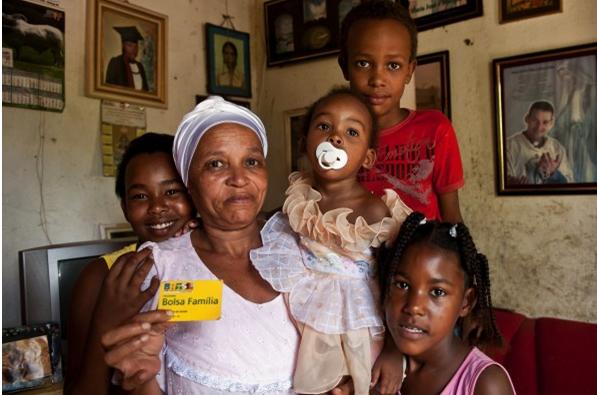 Imagem de Programas sociais dos governos Lula e Dilma empoderam as mulheres