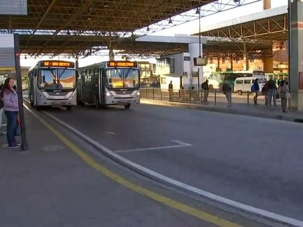 Imagem de Sorocaba: Greve dos rodoviários no transporte urbano continua