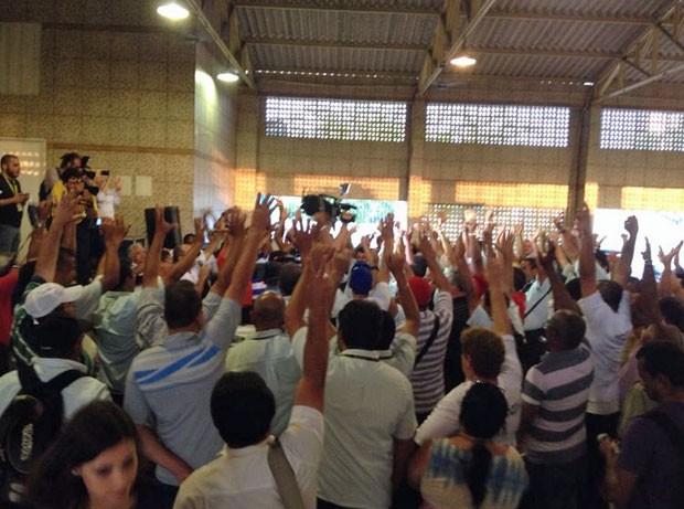 Imagem de Pernambuco: Rodoviários param após suspensão de reajuste salarial
