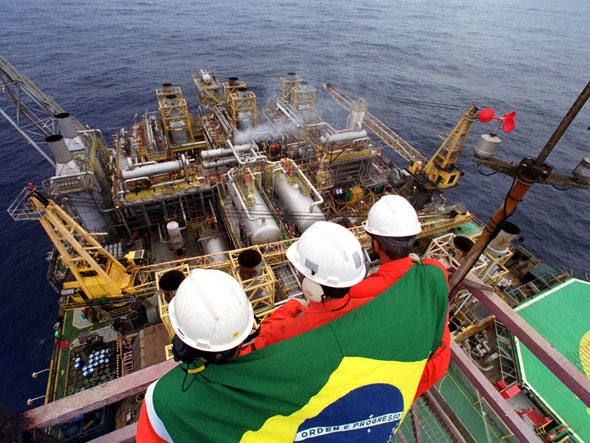 Imagem de Senado acelera aprovação de projeto de Serra contra a Petrobras
