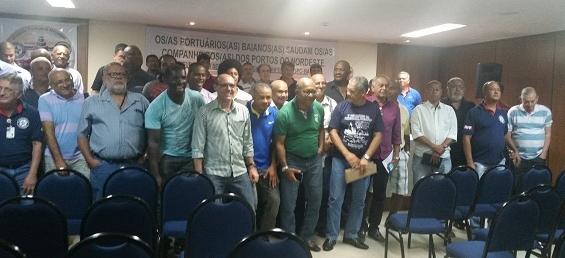 Imagem de Contra retirada de direitos: Agora são os portuários do Nordeste que aprovam greve nacional