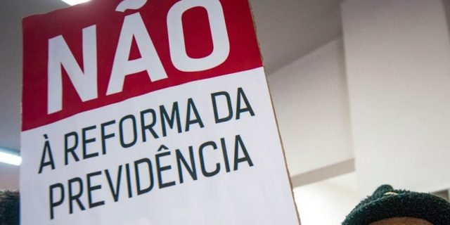 Imagem de #VaiTerLuta PEC da reforma da Previdência de Bolsonaro é pior do que a de Temer