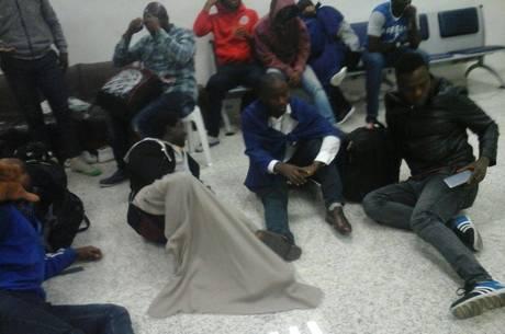 Imagem de Após Temer se comprometer com refugiados na ONU, 30 estrangeiros são isolados em aeroporto