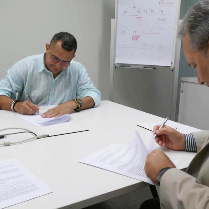 Imagem de Campanha Salarial Aviação Civil: Aeroviários do SNA assinam Convenção Coletiva de Trabalho com SNEA