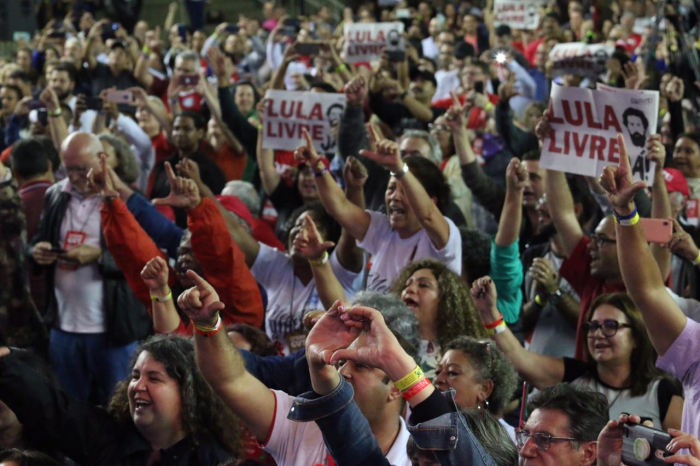 Imagem de Resgate da democracia, direitos e liberdade de Lula marcam a abertura do 13º CONCUT