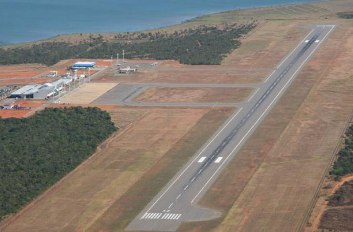 Imagem de Na contramão do mundo, governo vende aeroportos para estatais estrangeiras