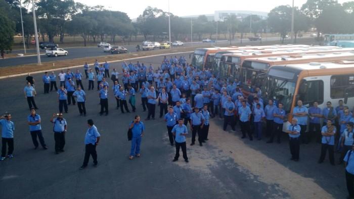 Imagem de Brasília: Por avanços na Campanha Salarial, rodoviários fazem protestos nos terminais