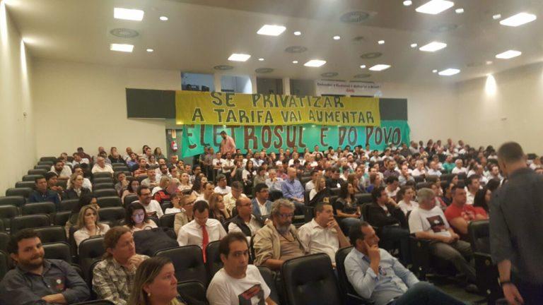 Imagem de Santa Catarina: Aeroportuários alertam sobre tentativa de privatização da Infraero na Assembleia Legislativa