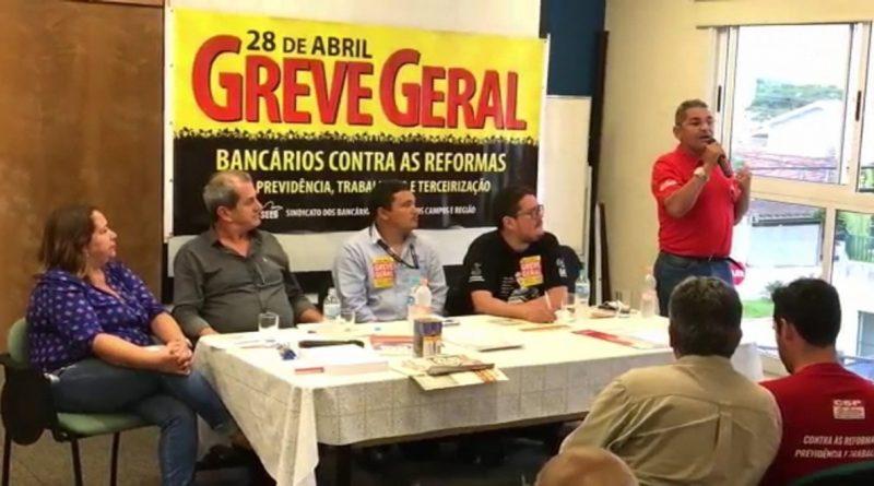Imagem de Vale do Paraíba: Condutores aprovam adesão à greve geral no dia 28