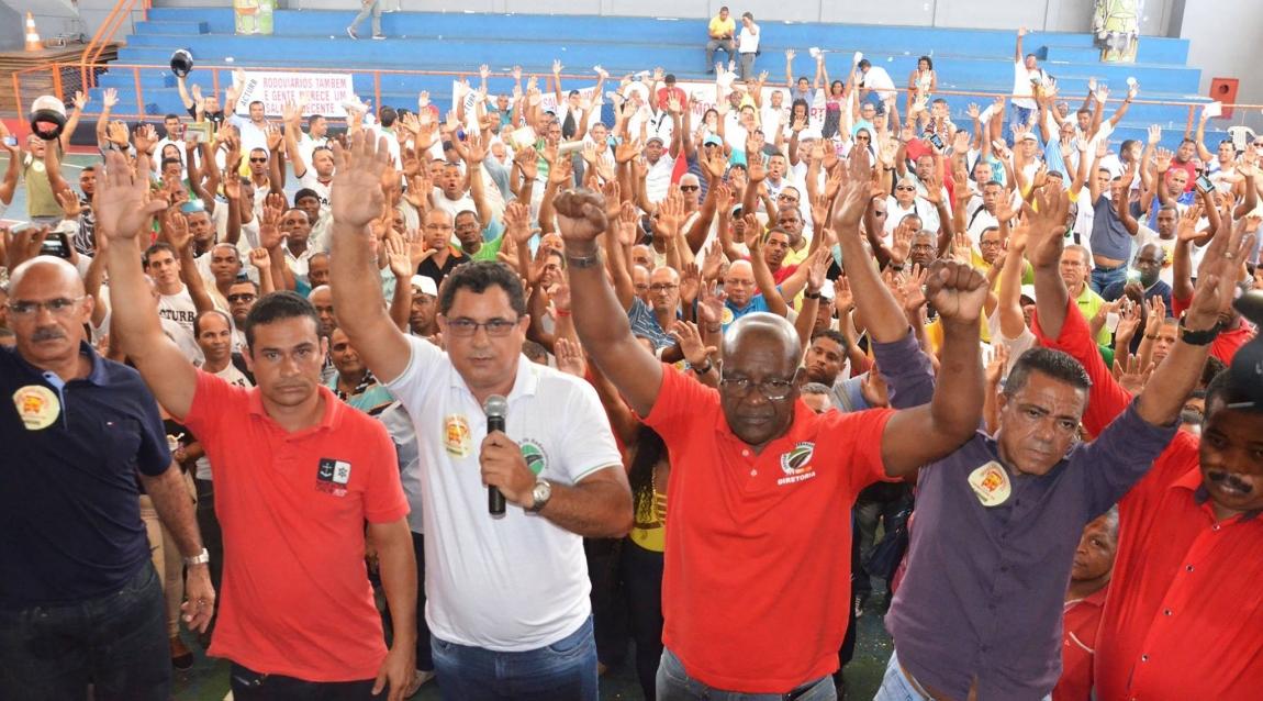 Imagem de Bahia: Rodoviários rejeitam proposta patronal e aprovam estado de greve