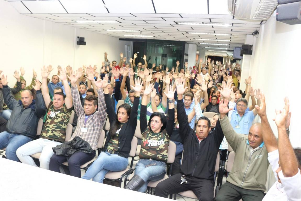 Imagem de Sorocaba: Rodoviários suspendem greve até quarta (1º)