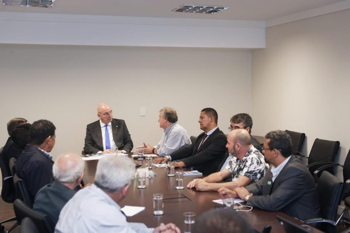 Imagem de Brasília: CNTTL se reúne com ministro da Cidadania para debater pauta dos caminhoneiros