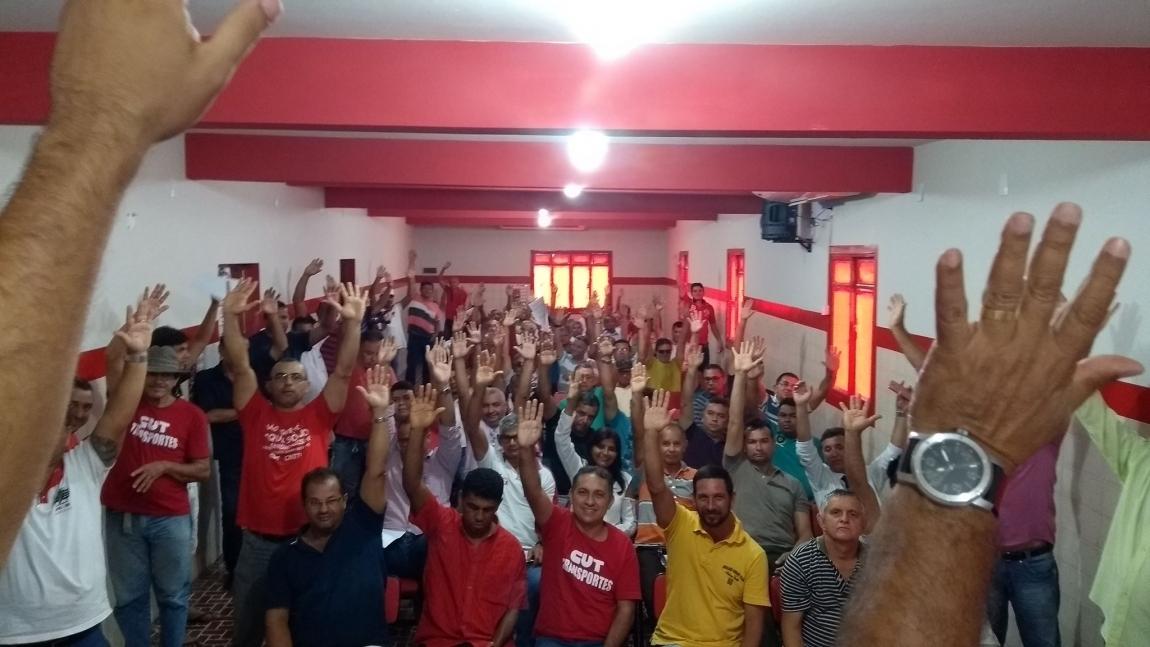 Imagem de Natal: Rodoviários aprovam pauta de reivindicações da Campanha Salarial 2017