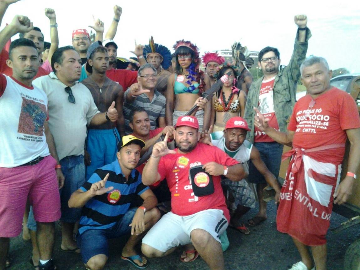 Imagem de Alagoas: Rodoviários integram luta contra o golpe em Brasília